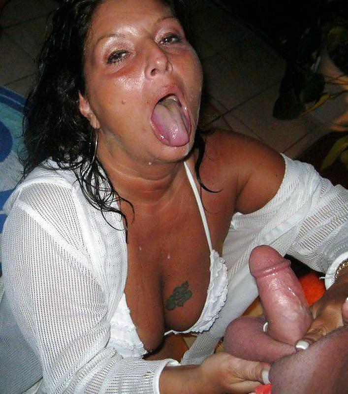 Hot lesbian milfs fucking