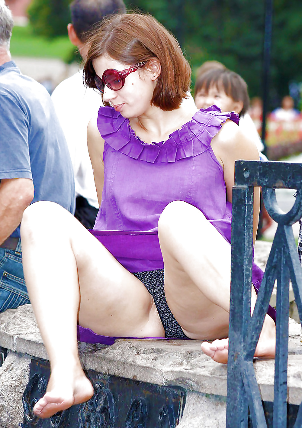 Funny pantyhose upskirt pictures