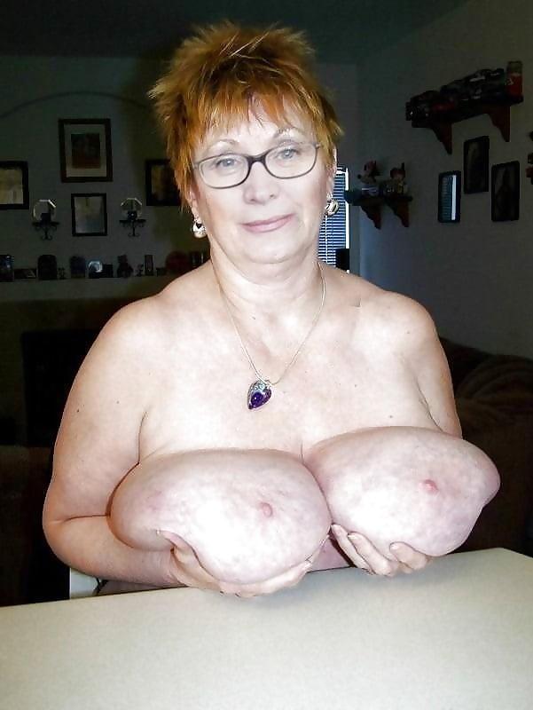 Brüste alte dicke ALTE SCHLAMPEN