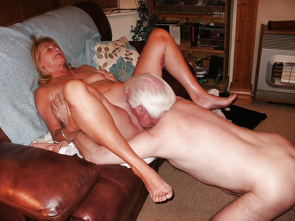 Old women naked pics