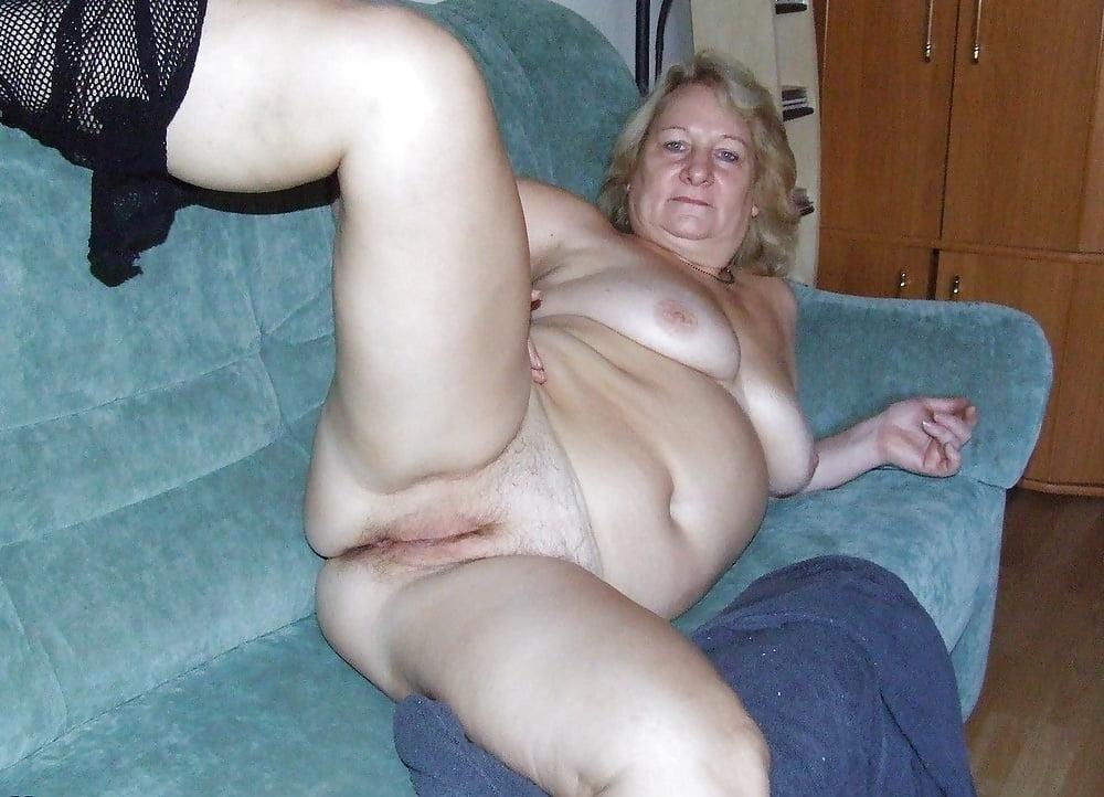 Granny Nude Yoga Porn Pics