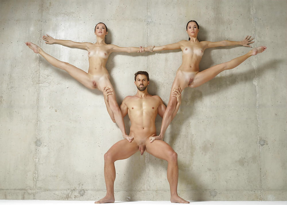 Naked Male Acrobat Nude