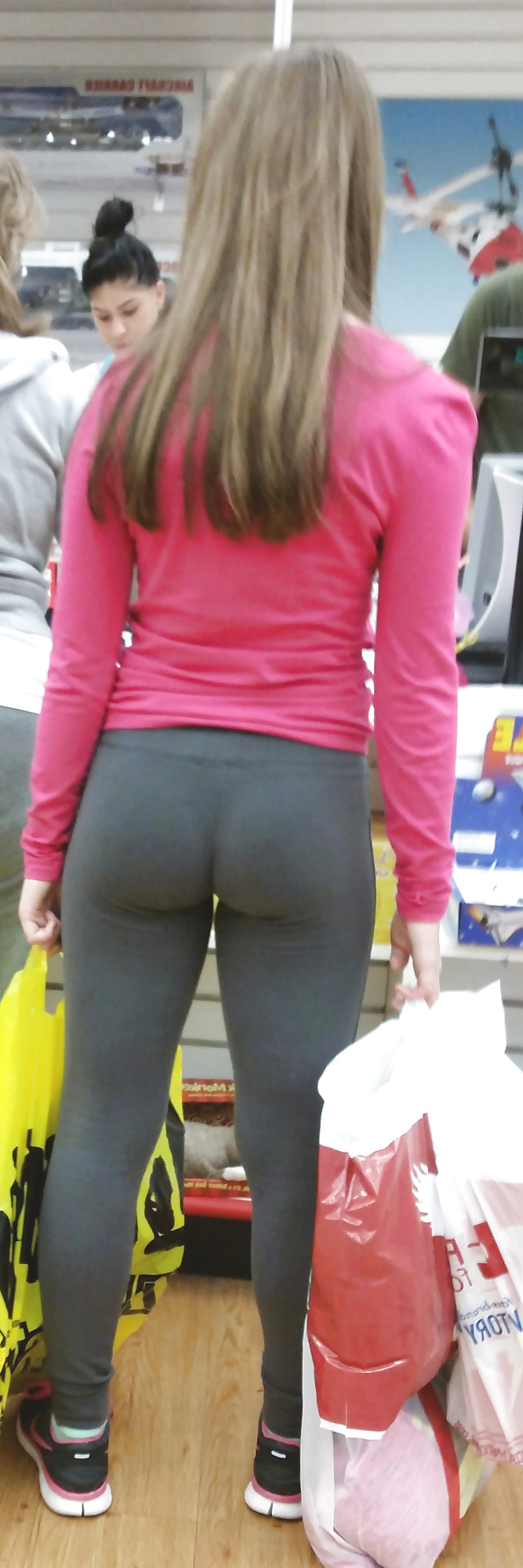 Amateur girls in spandex thong