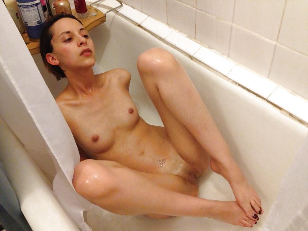 Tumblr naked hottie — photo 13