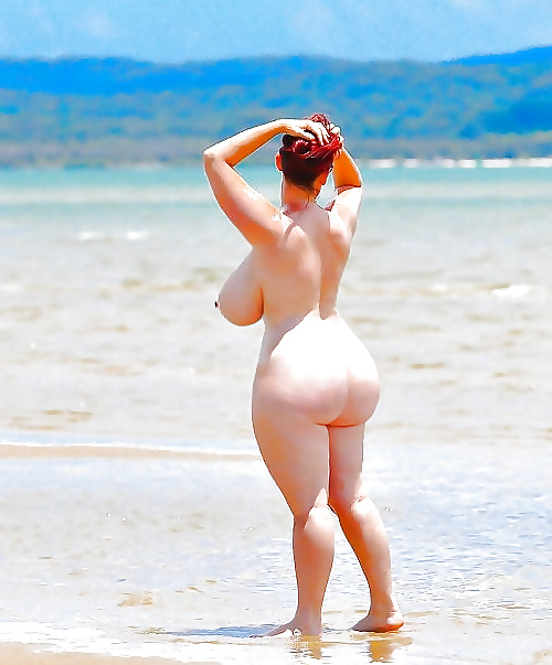 Довела себя огромные жопы на пляже видео супер порно
