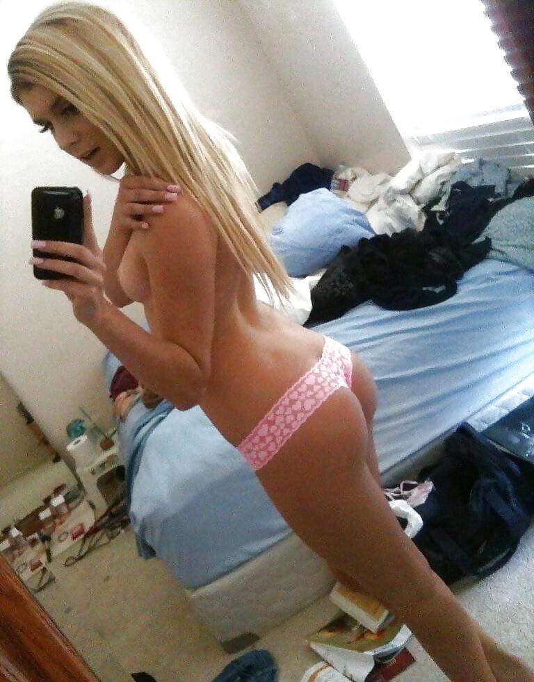 Sluts selfie Slutty Selfies