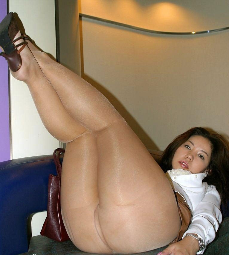 Girl with thick legs porn — img 12