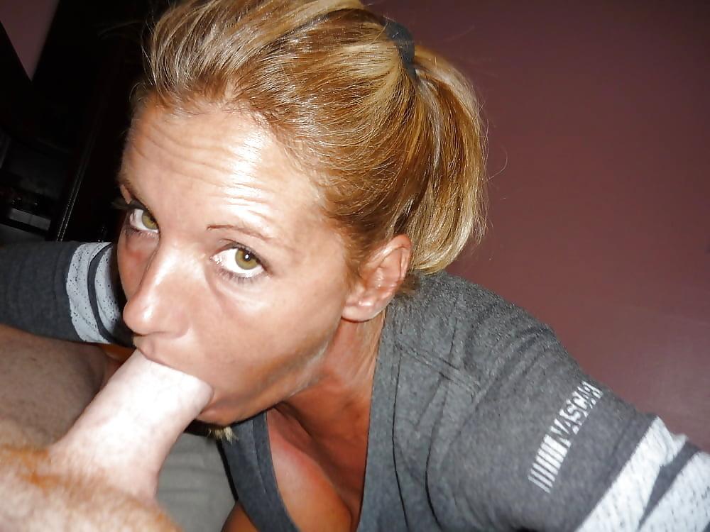 Teen girl sucking a cock dry