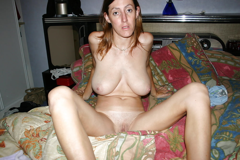 Search amateur saggy tits