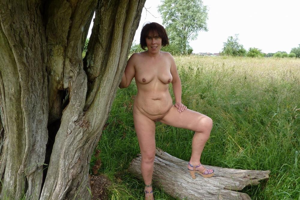 Outdoor nude pics