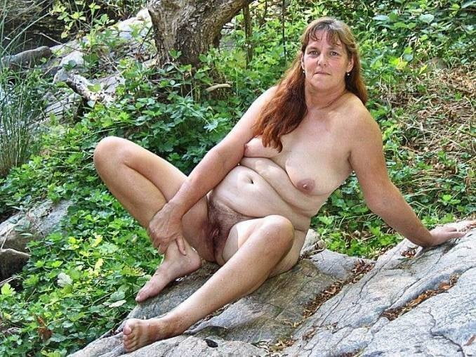 Gay Grossmutter Outdoor Ficken