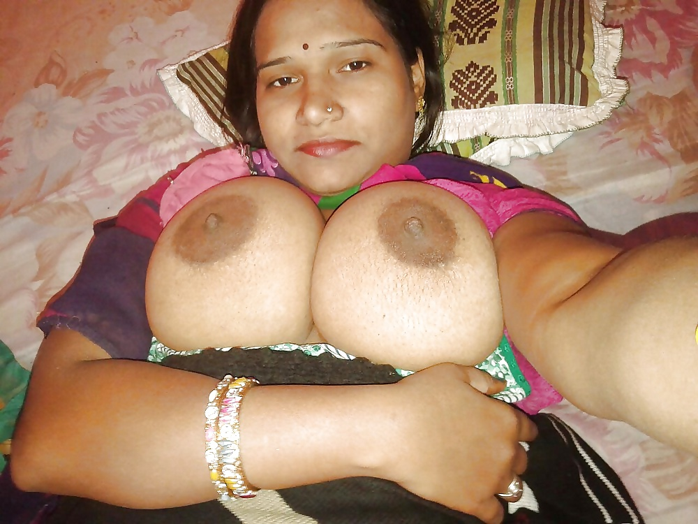 Sexy Punjabi Girl Removing Clothes And Showing Big Boobs