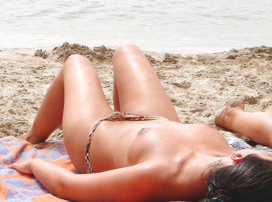 Wife Bikini Pics, Nude Wives Porn Photos