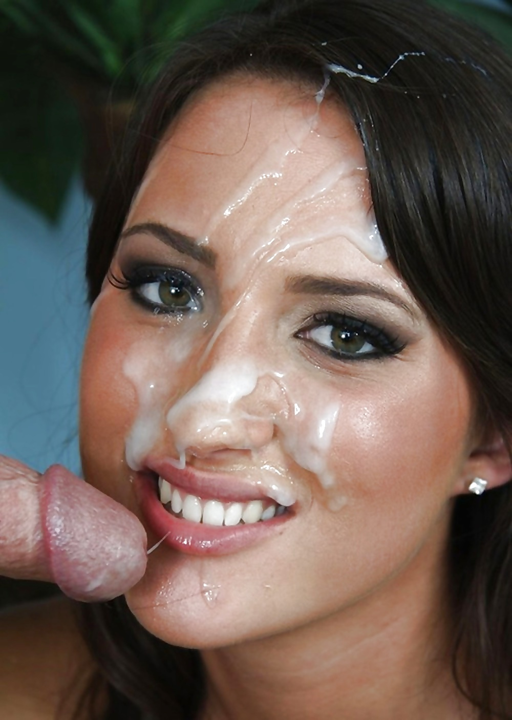 Husband enters laundry and catches mom with xxx sperm on face having incest