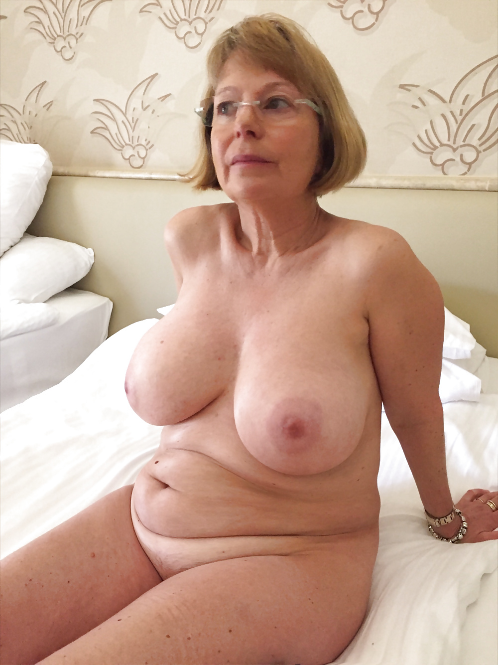 Free Big Lady Mature Pictures Collection