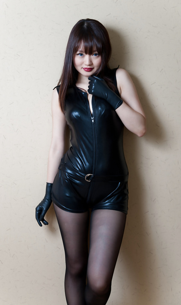 asian-leather-pics
