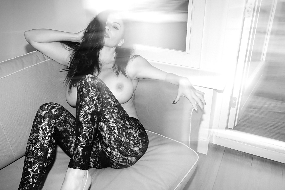 Chiva soriano latin nude model