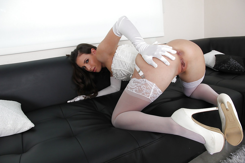 Free sandy summers white stockings