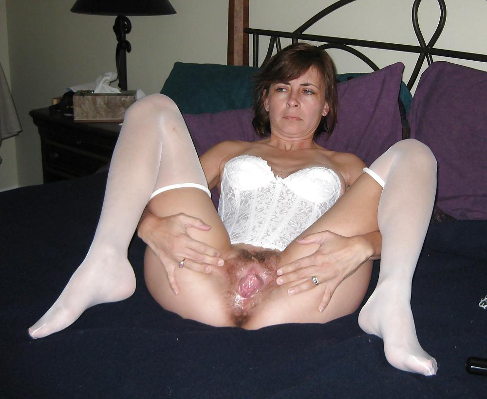 возбуждение зрелые женщины показывают пизду фото пока организм