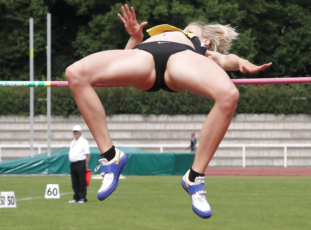 Women in sports voyeur