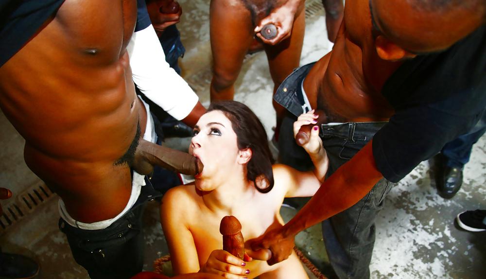 толпа парней заливают спермой толпа девушек - 5