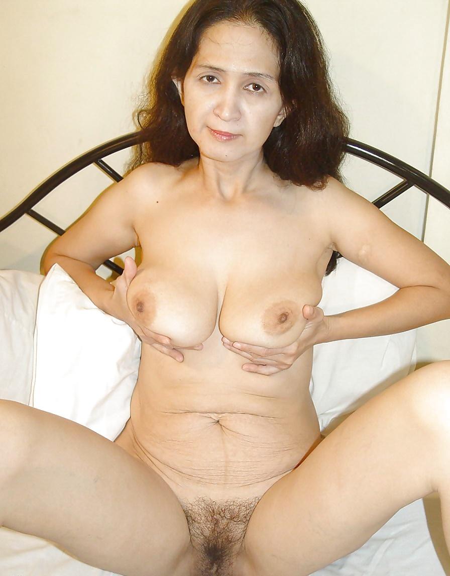 Older Mature Asian Nudes