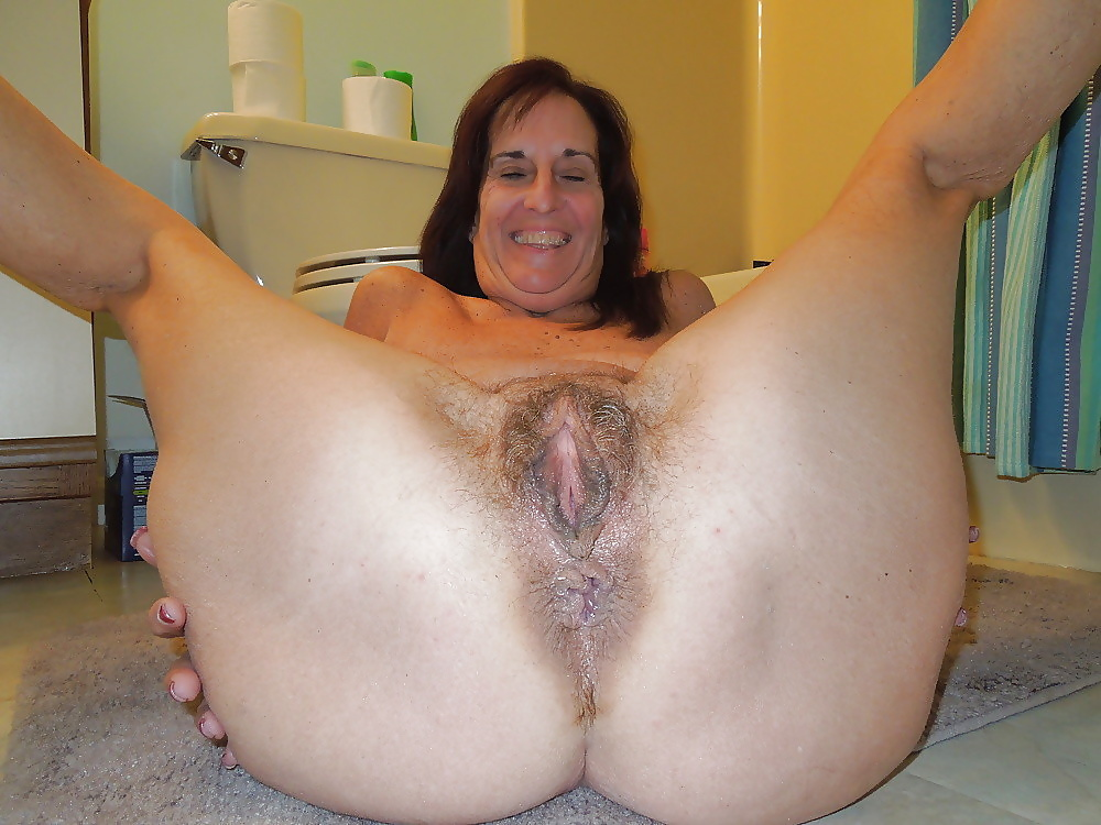 Fat bbw mature hairy pussy