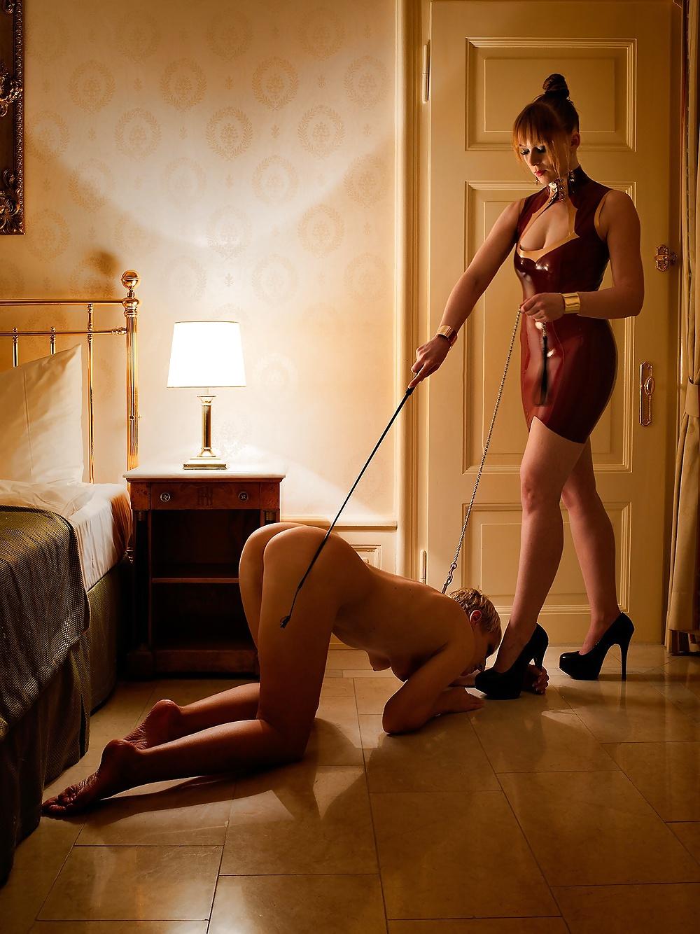 госпожа на рабыне - 1
