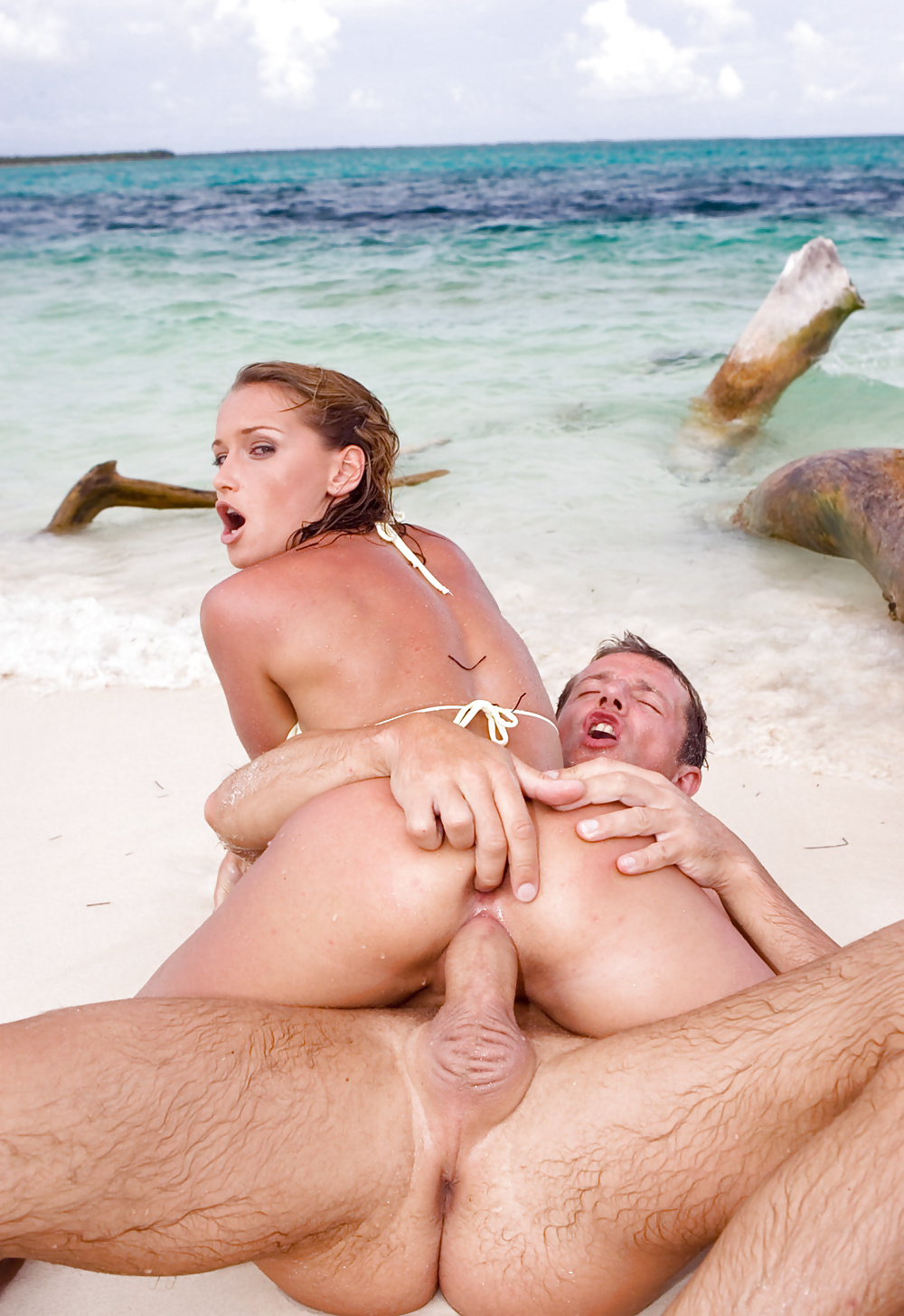 Hot blonde milf fucked on a public beach