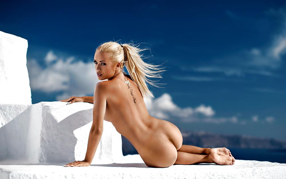 Anna jandrasopark topless — photo 11