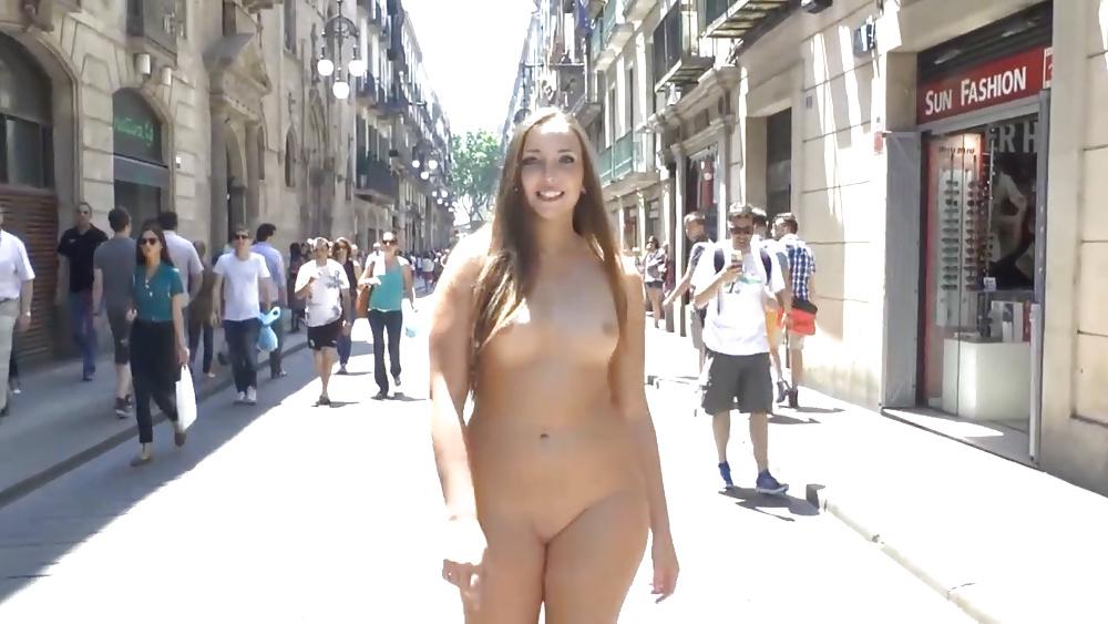 Drunk Chubby Girl Spread Legs Pussy
