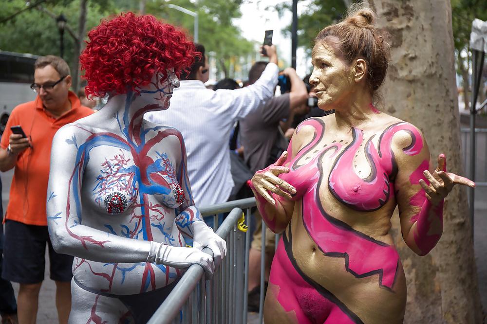 Thetobea beautiful mature nude hot girl body painting art hand