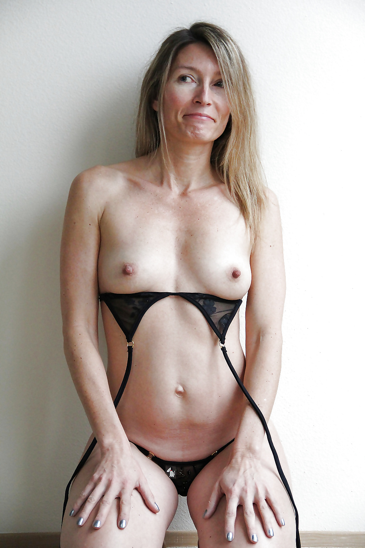 Sexy Mature Milfs Strip Naked