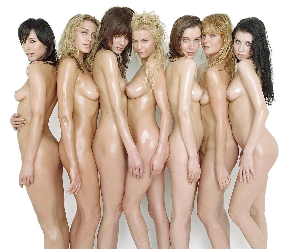 Клипы где есть голых женщин, служанка дает сзади