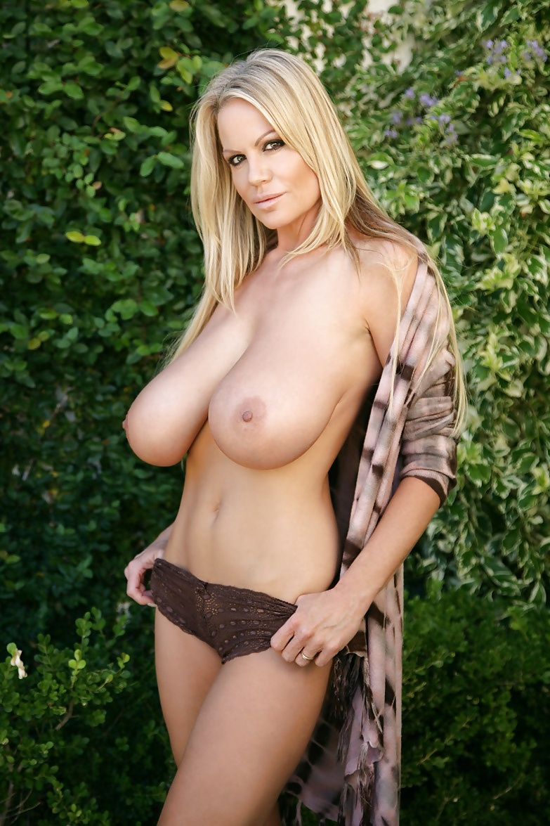 Kelly madison with lotion on her big natural tits