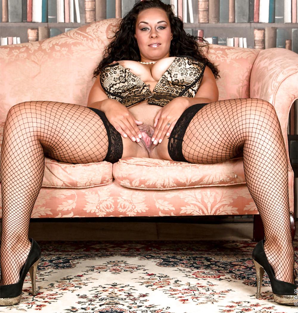 Порно фото чуть полненькие в колготках — img 8