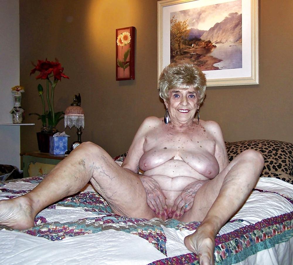 Aged granny sex
