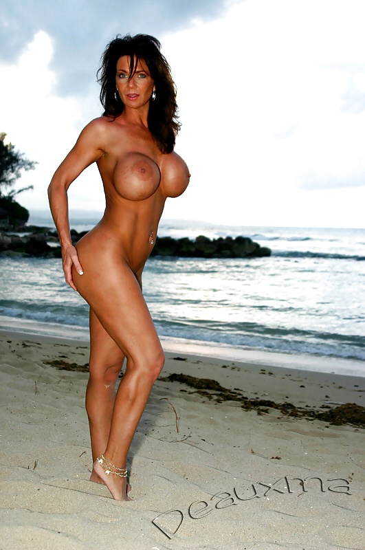 Mature milf deauxma all wet outside poolside nude beach