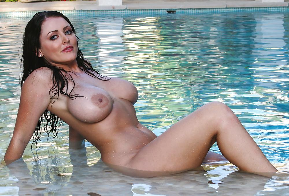 Kelly Divine Sophie Dee