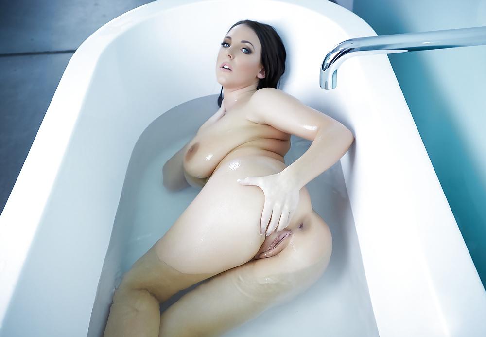 Nude pics of vanna white