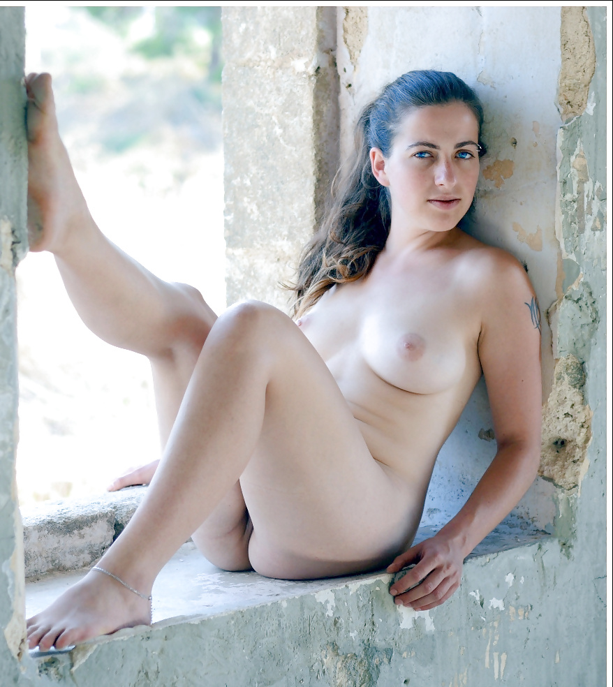 Erotic naked women from israel