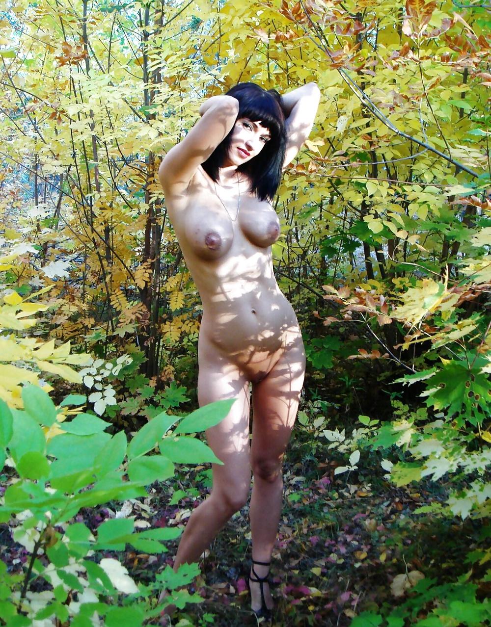 порно фото пышногрудых в лесу вам