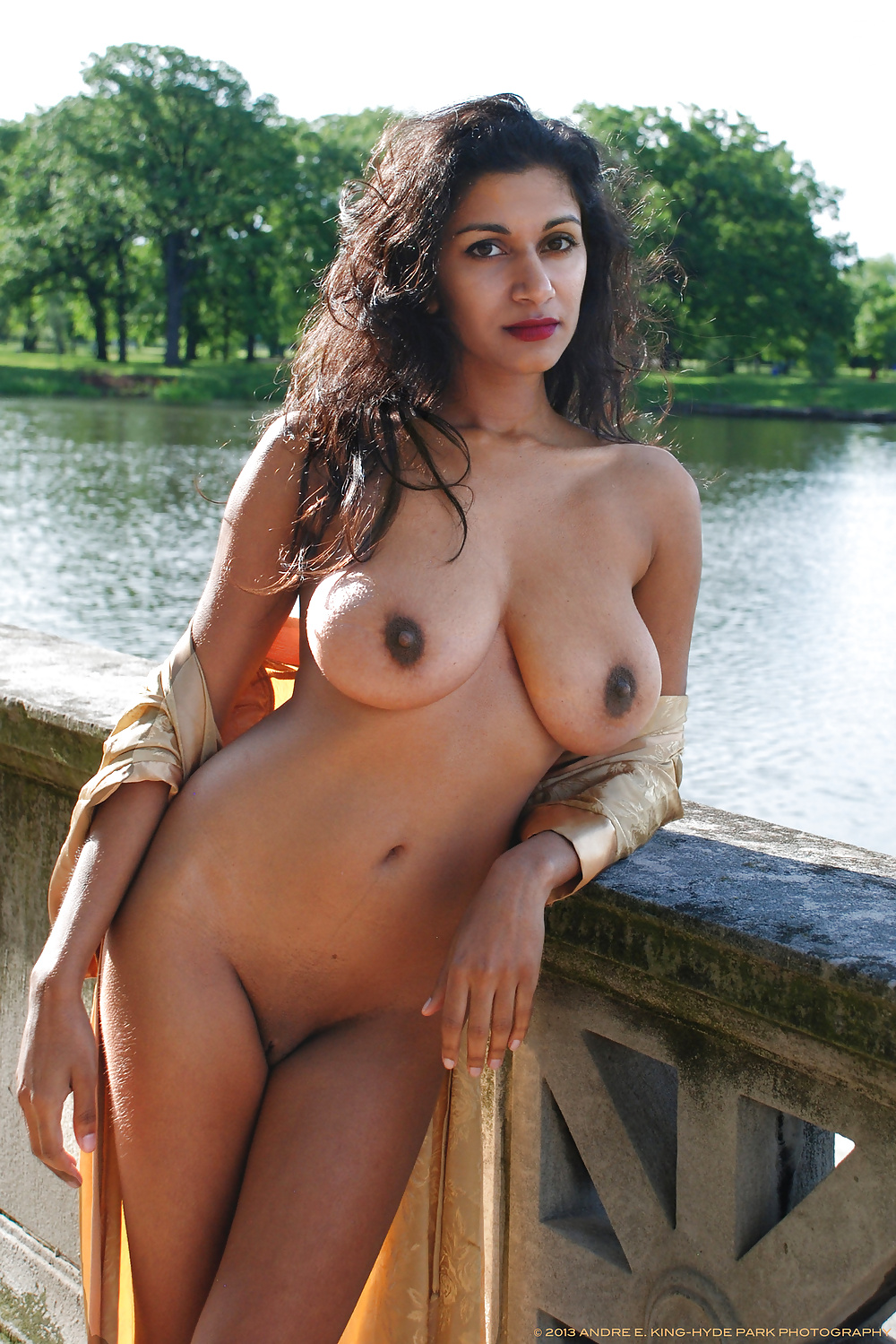 kolkata-naked-hot-girls-photos-female-with-the-fattest-pussy