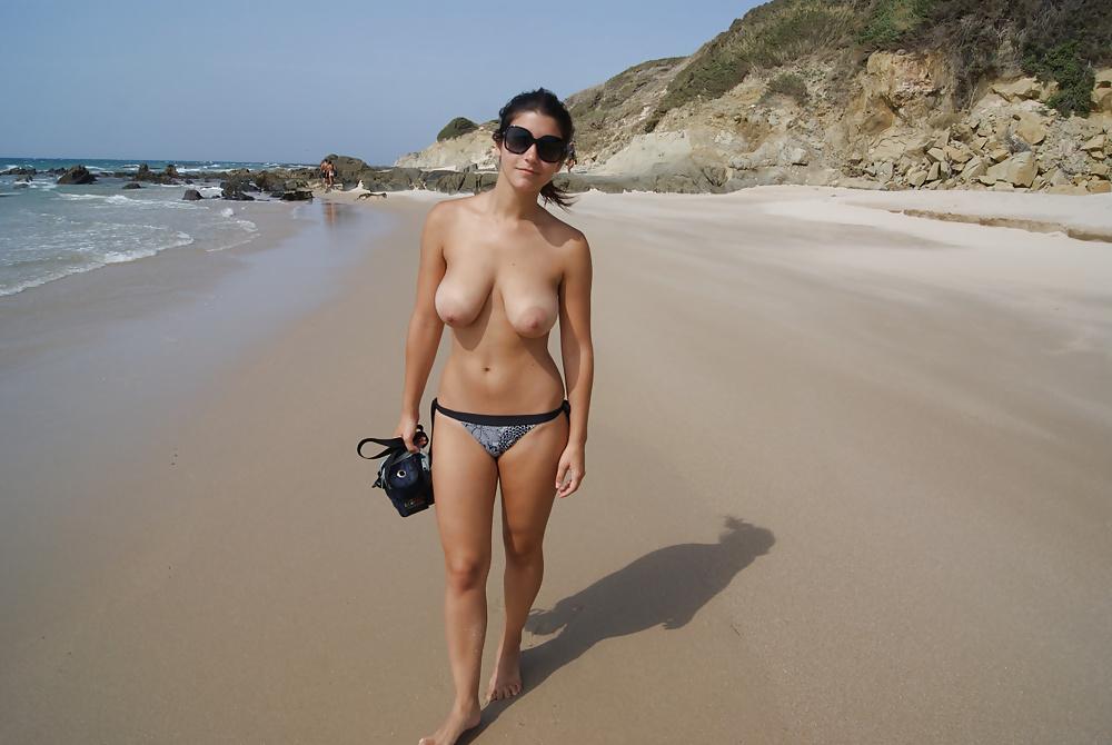 Women topless jogging amatuer 4