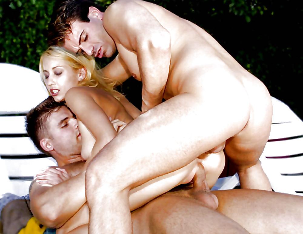 Blonde petite double penetration
