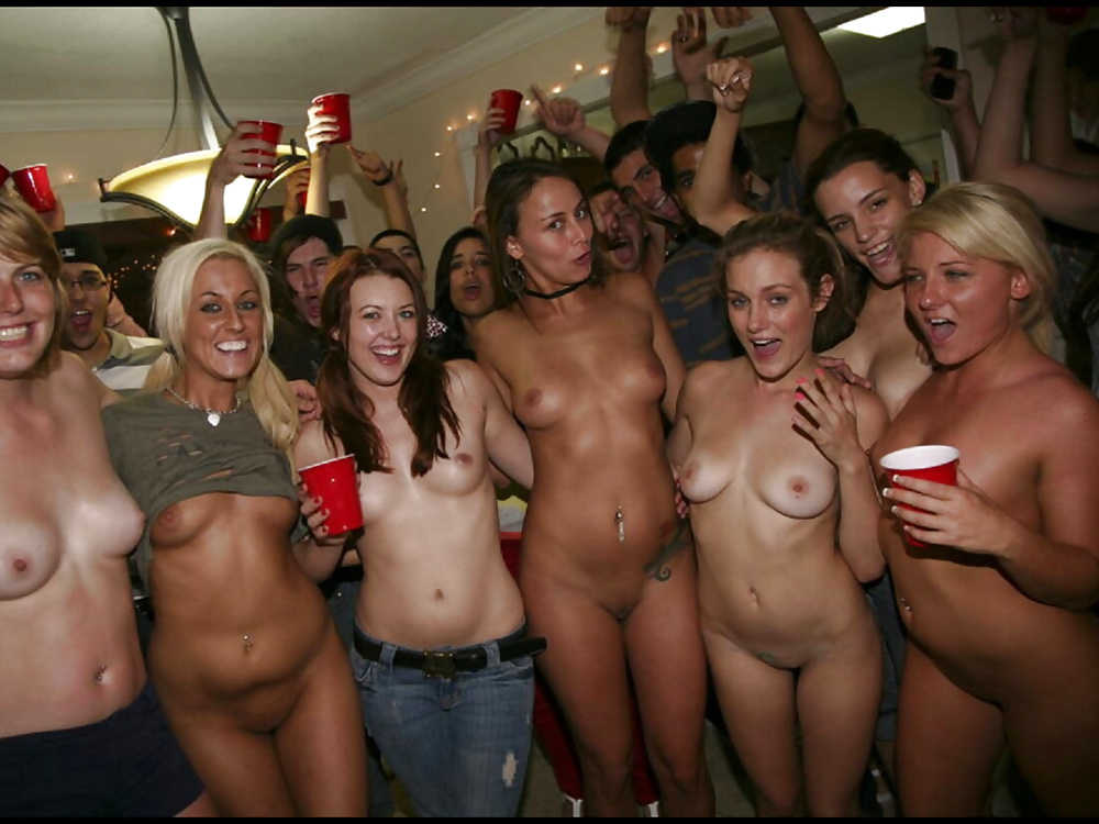 real-college-drunk-nudes