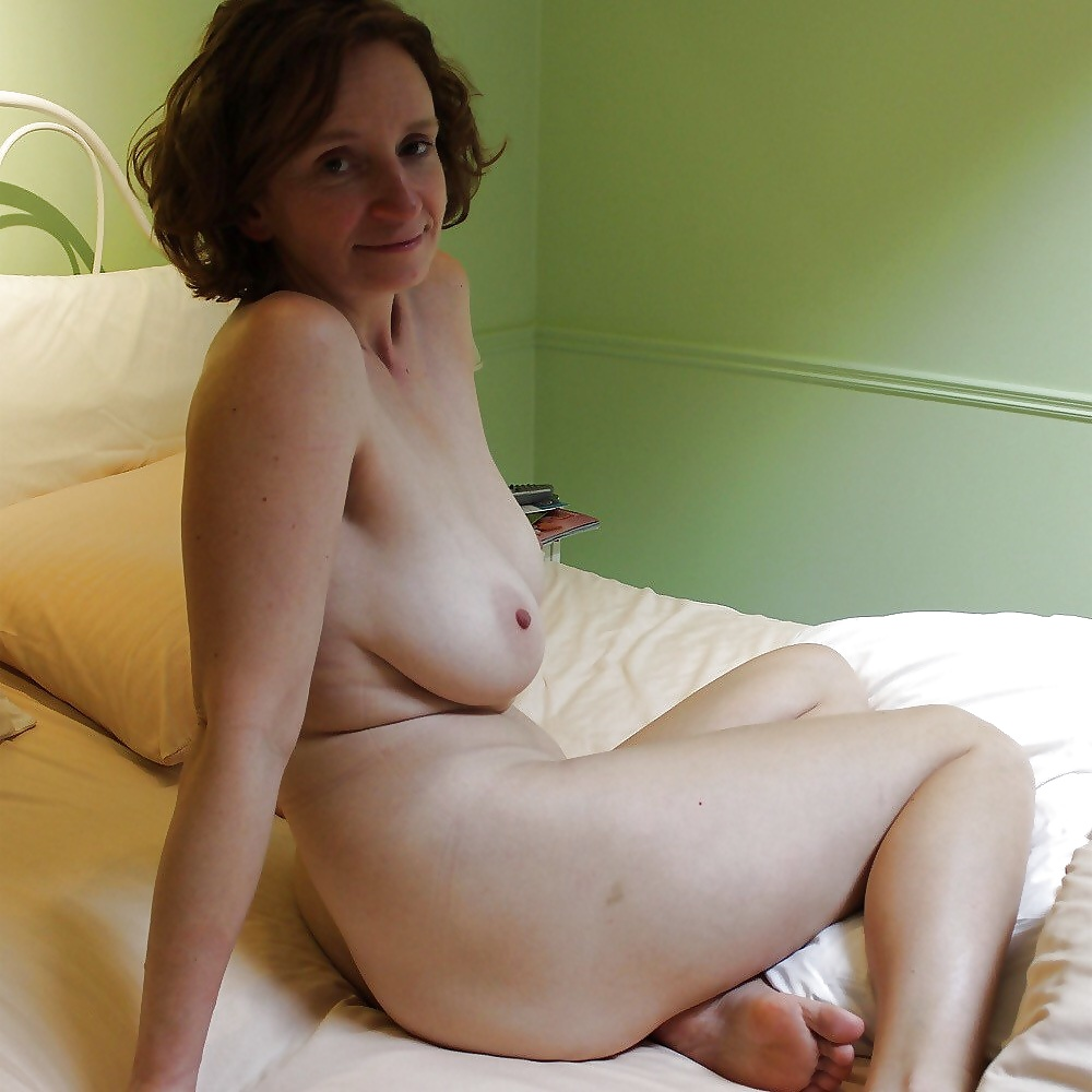 free-amateur-natural-galleries-beautiful-wife-giving-awesome-blowjob
