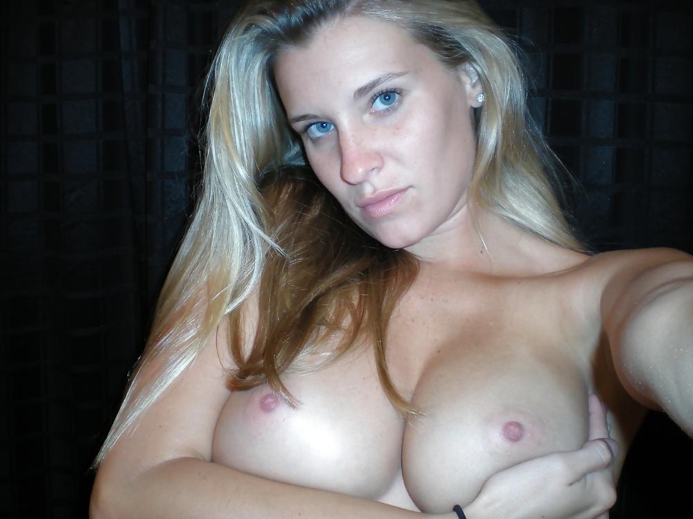 Big Tits Blonde Amateur Girls Getting