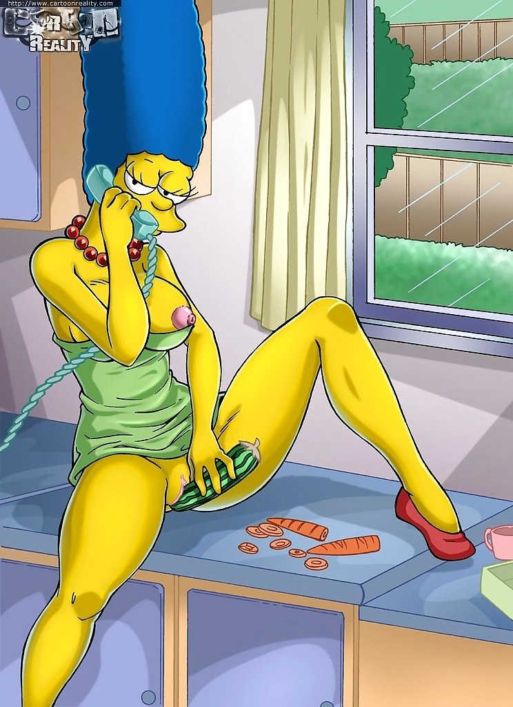 marge-simpson-masterbating