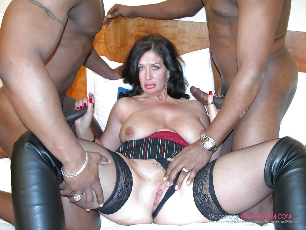 Mature british sluts in a gangbang free mobile porn photo